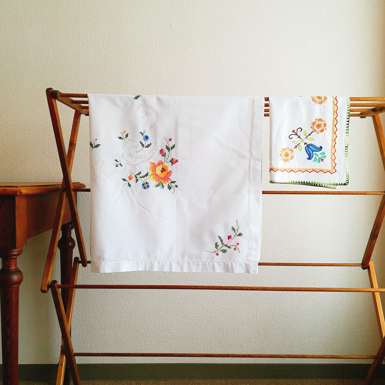 リメイク素材にも、お花の手刺繍クロス 2点