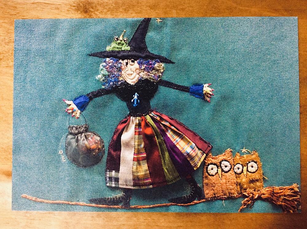 展示のお知らせ ①『 愉快でお洒落な魔女たち 』