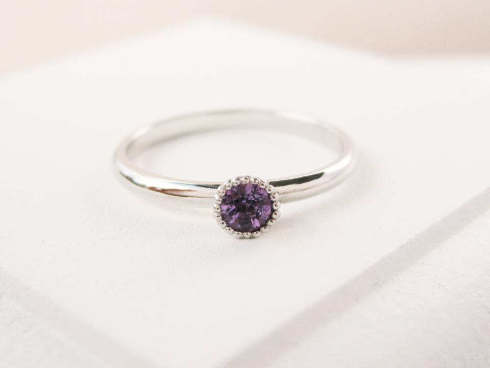 開いていく宝石の花の蕾に願いを込めて♡プレゼントにもピッタリのピンキーリング