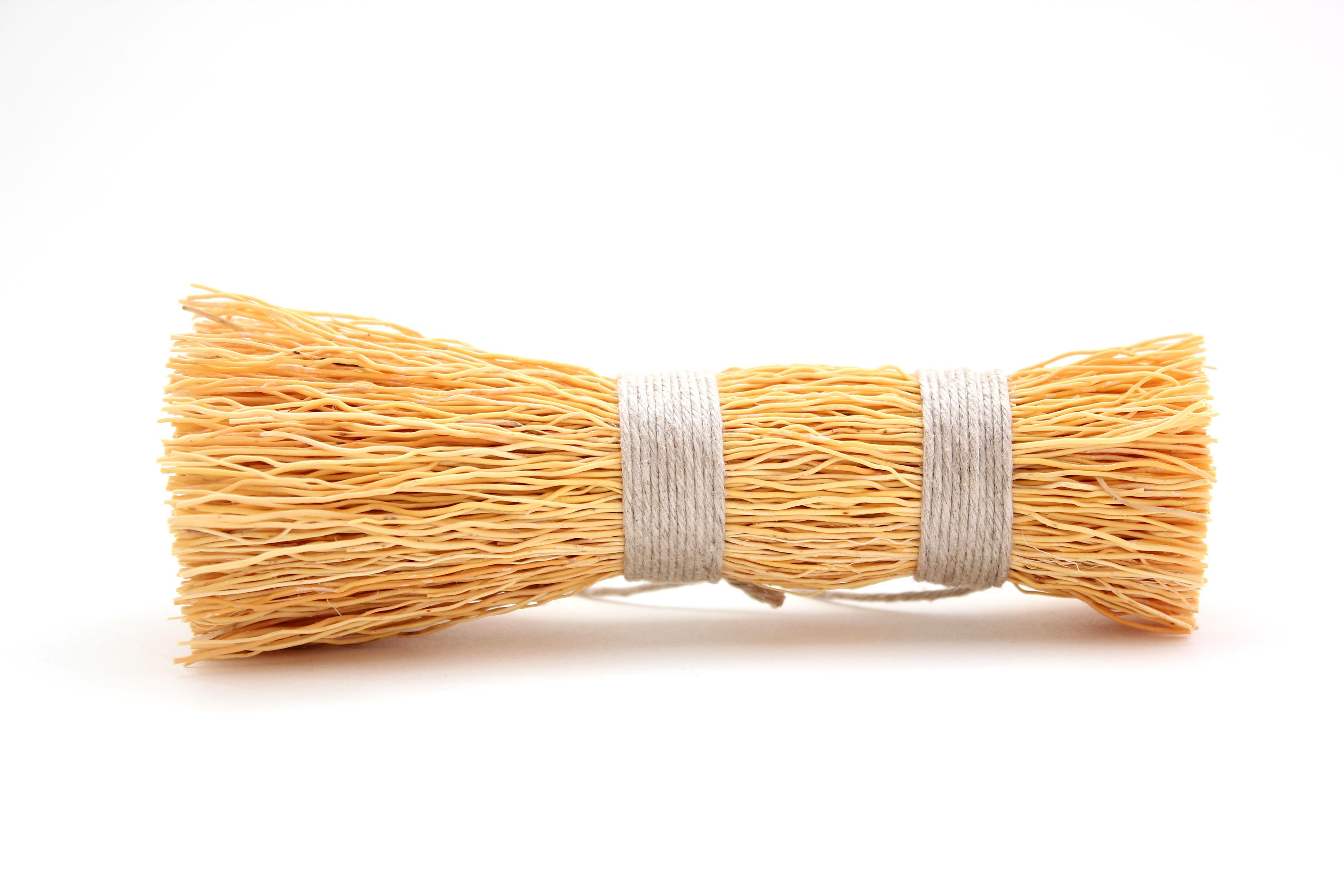 エニシダ根の鍋ブラシ