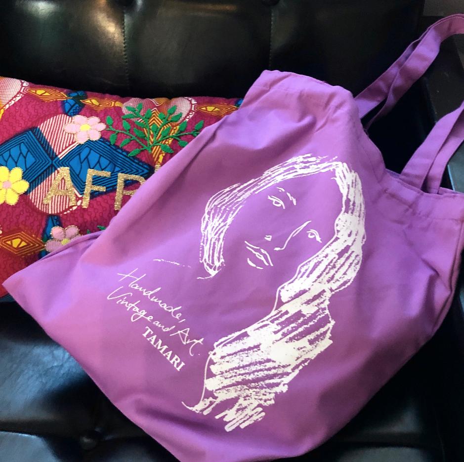 1万円以上ご購入の方にトートバッグをプレゼント中♡