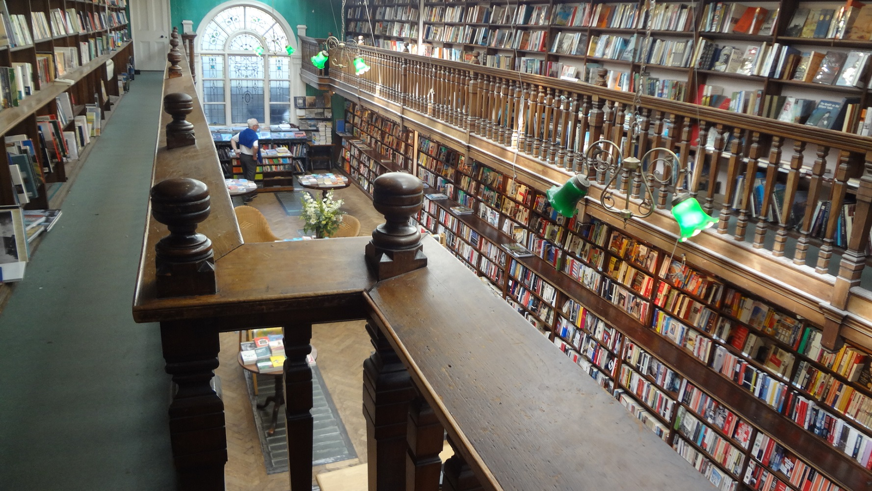 日々是英国 世界で最も美しい書店 DAUNT BOOKS