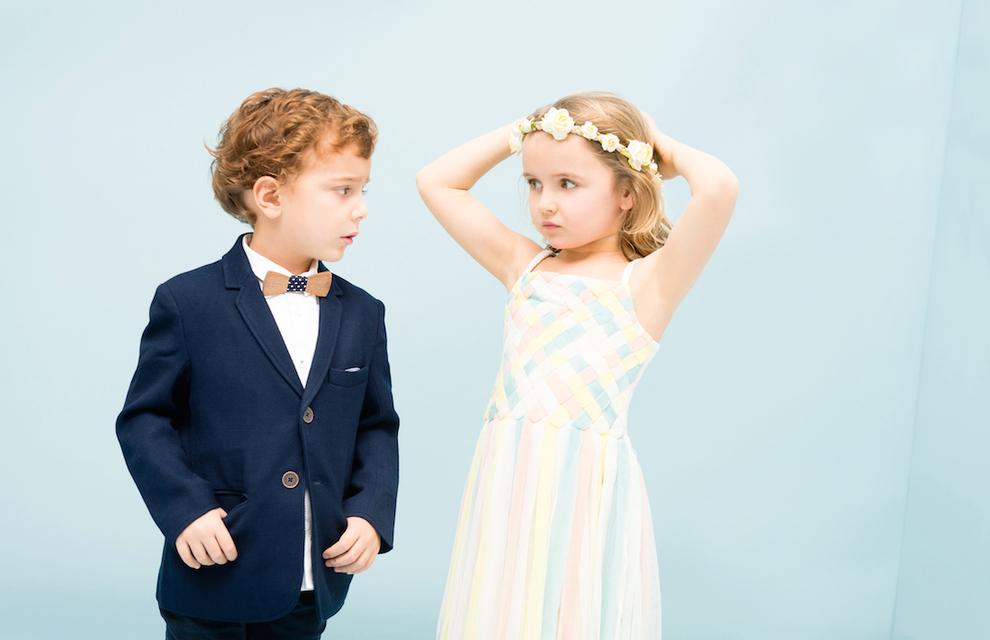 結婚式にふさわしい子供サイズの蝶ネクタイ