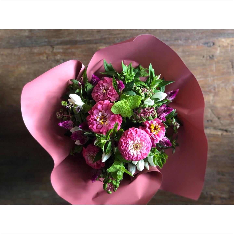 夏期中のお花の配送について