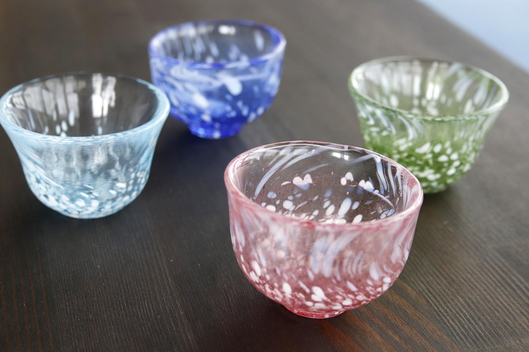 そろえて楽しいガラスの器たち、、、