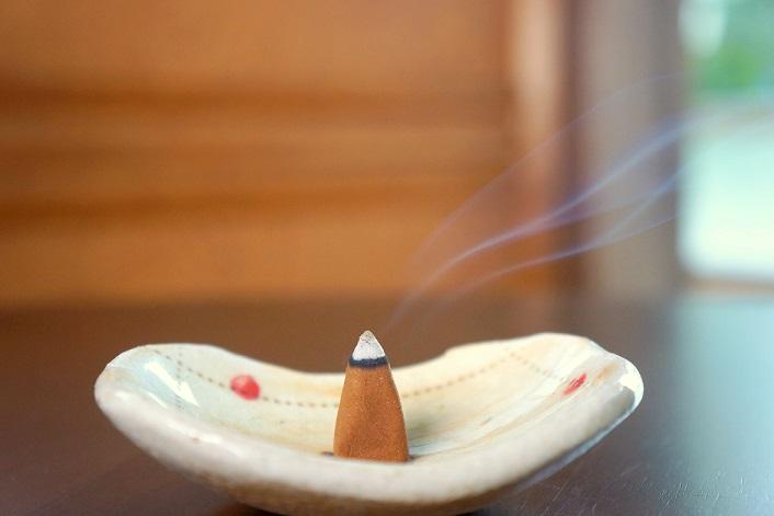 お坊さんが作るお香シリーズ!仏教の教えと香りをあなたの生活にお届け!日常にステキな香りを