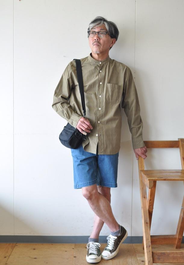 7月25日 今日のコーディネート チェック柄バンドカラーシャツと ユーズド加工のデニムショーツ