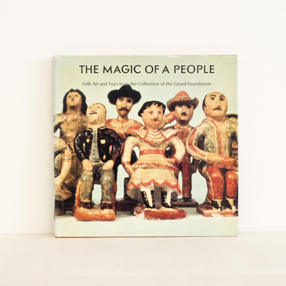 The Magic of a People / Alexander Girard が入荷しました。