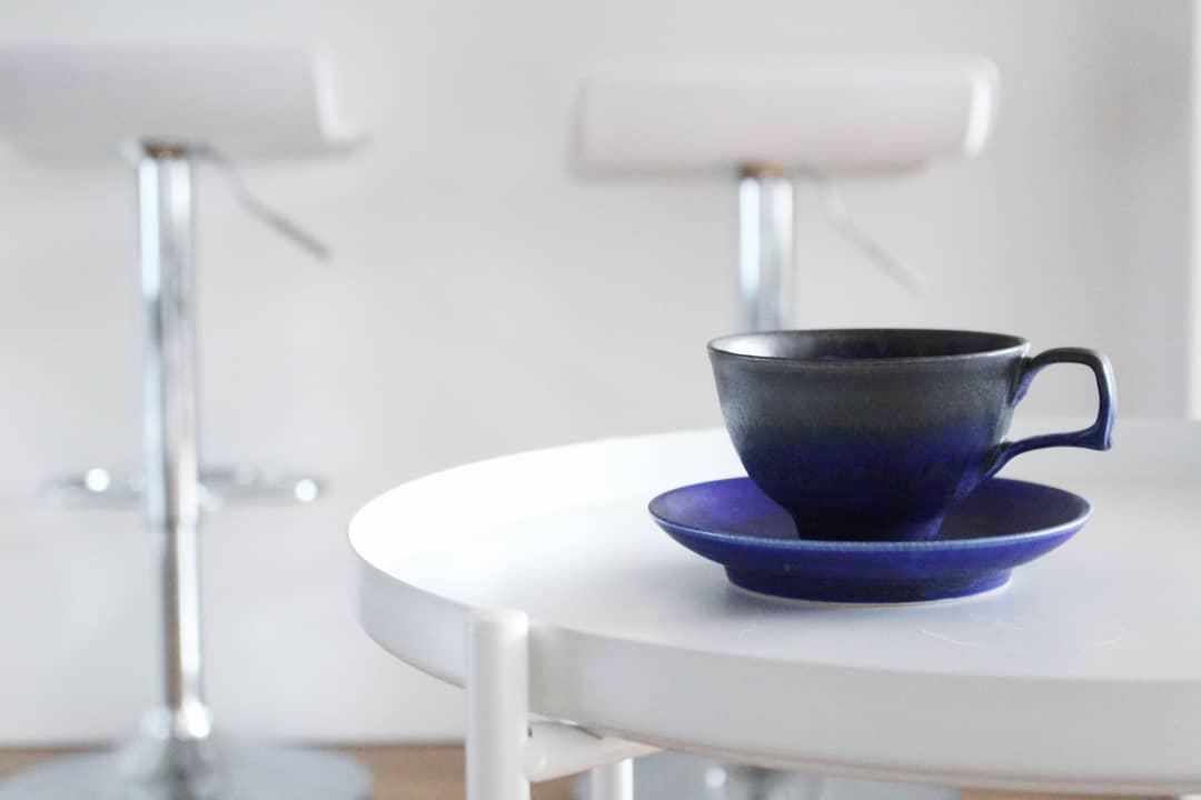ブルーの美しいコーヒーカップ 陶芸家【中川智治 Potter Ash Field】