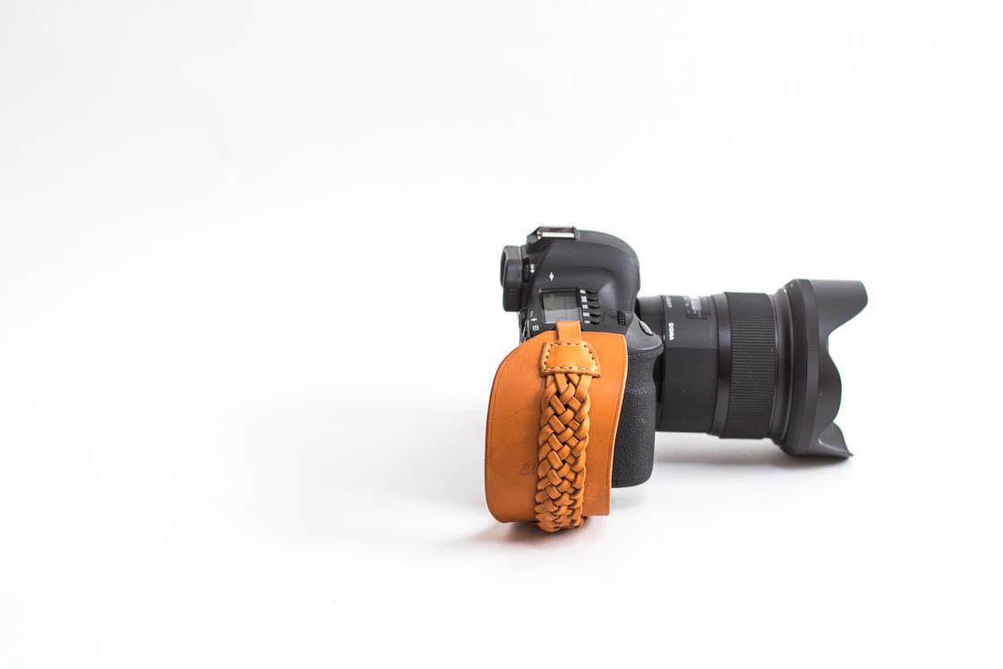 一眼レフ用/高級革あみあみタイプ レザーハンドストラップ/カメラストラップ/ハンドグリップ/キャメル