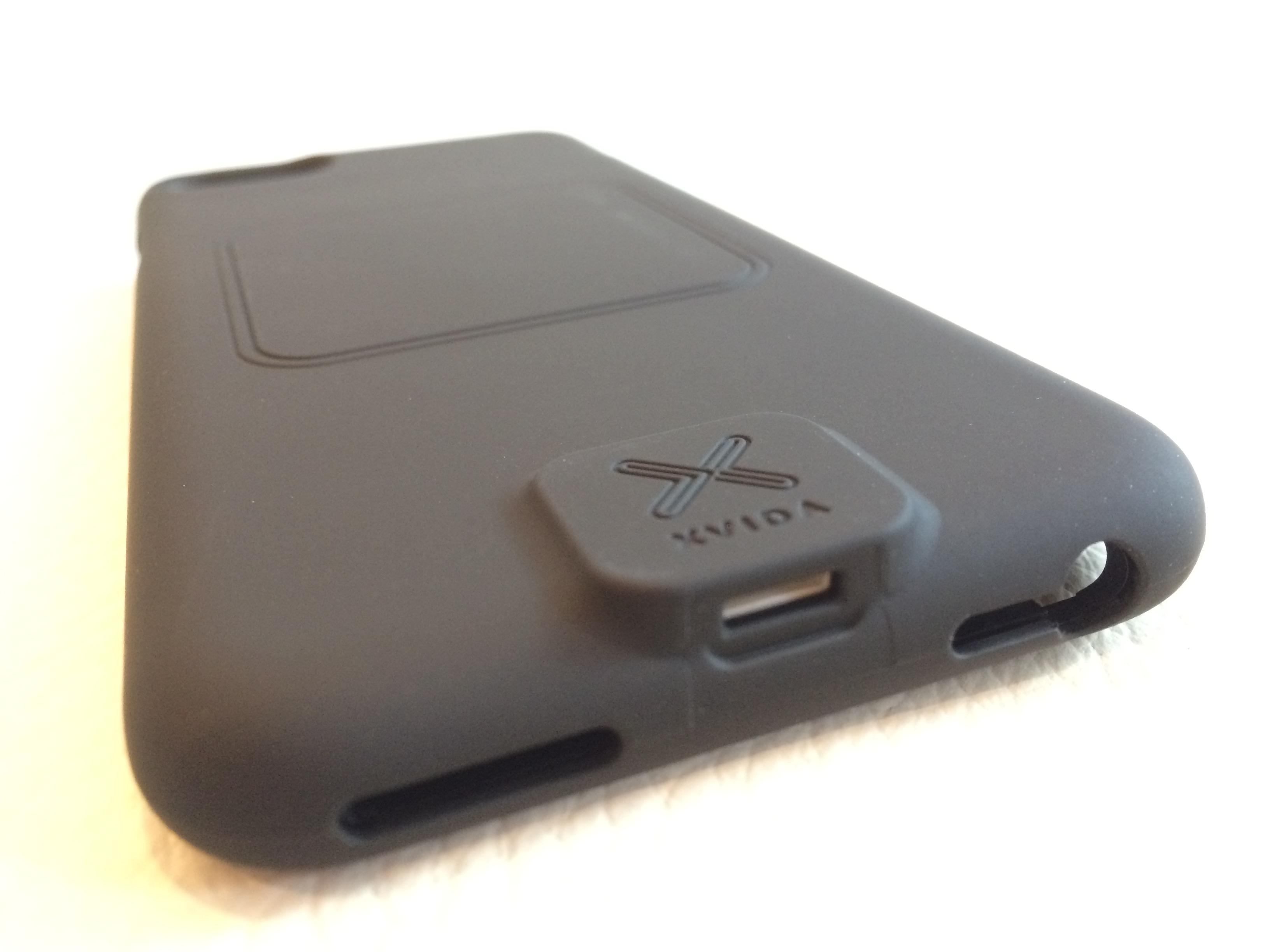 iPhone7シリーズ用XVIDAワイヤレス充電ケース入荷しました!