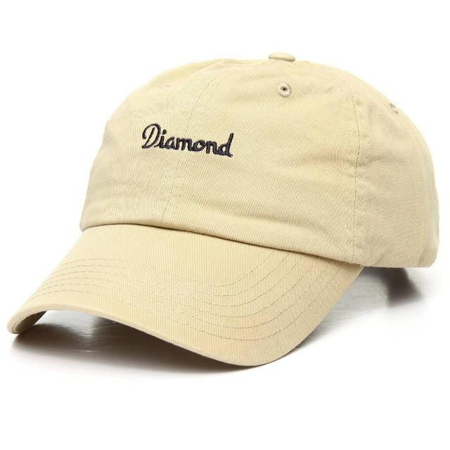 ストリート系女子におすすめのキャップ/帽子とは?