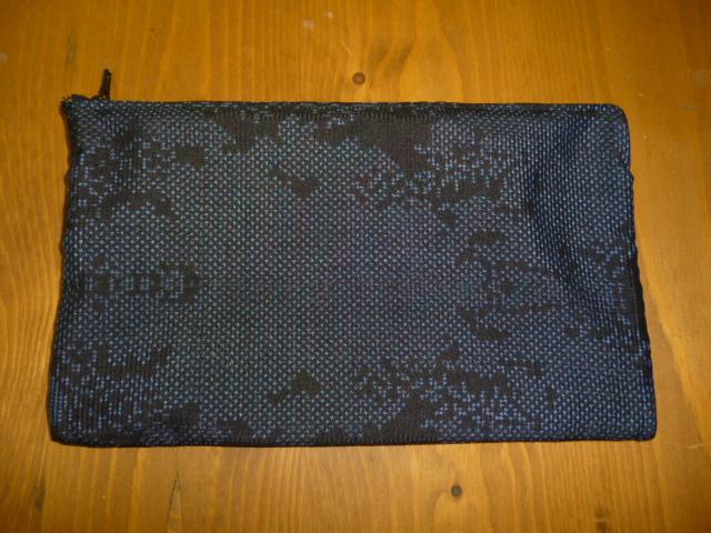 大島紬の和柄が素敵なハンドメイドの布ポーチ♪