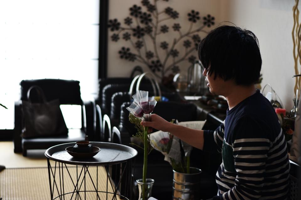 植物がある生活を。 シーズナルアレンジメントの作品を、今月から販売させて頂きます。