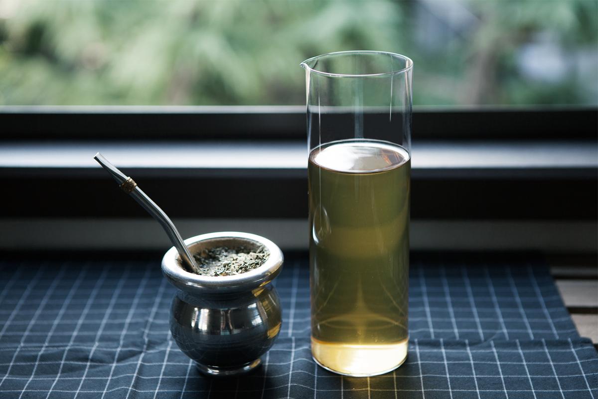 南米の「飲むサラダ」マテ茶とは