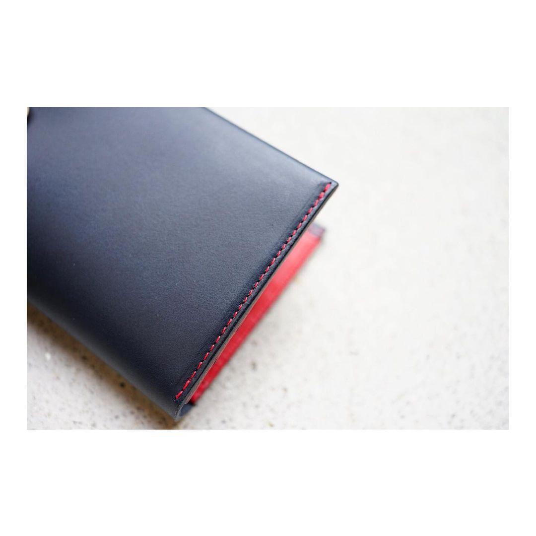 <カラーオーダー> コンパクト二つ折り財布〈小銭入れ付き)