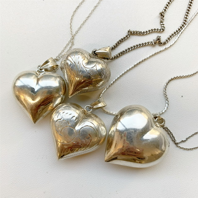 puffy heart necklaces♡