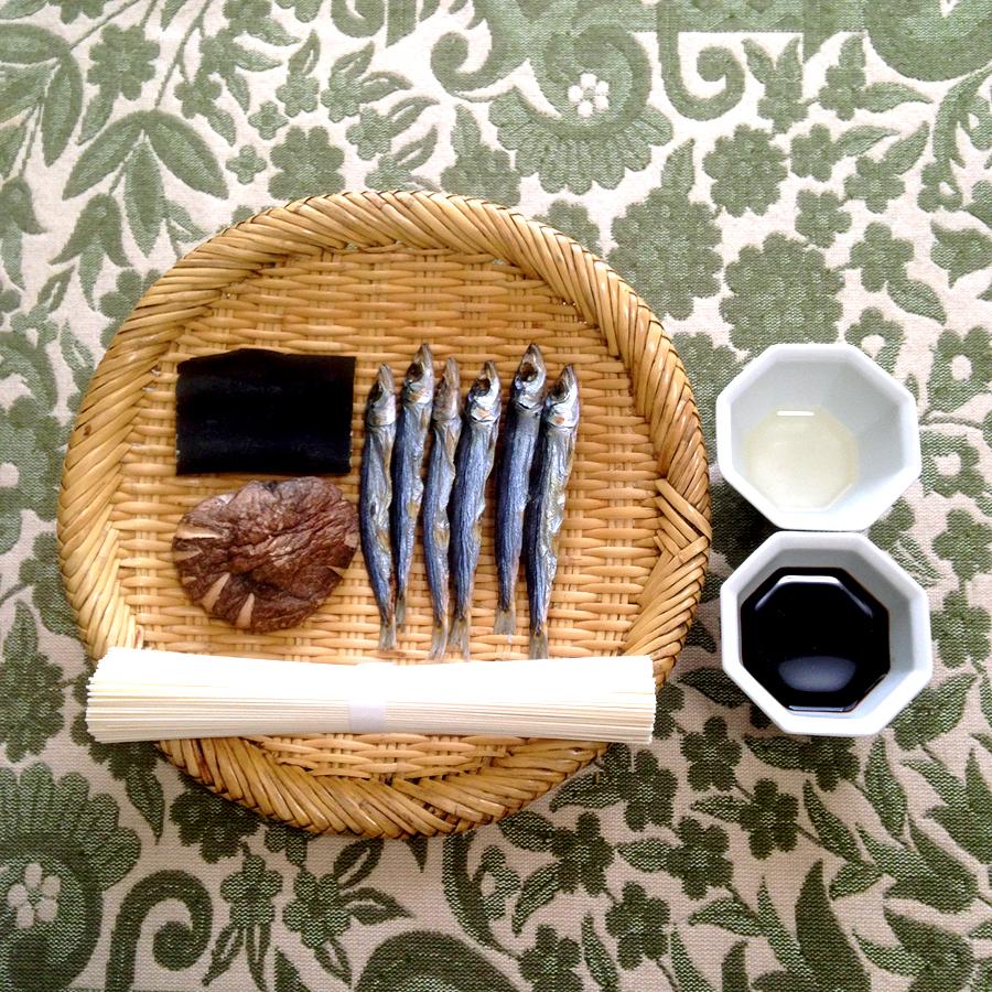 【③COOKS】潤目いわしがらんつの煮麺