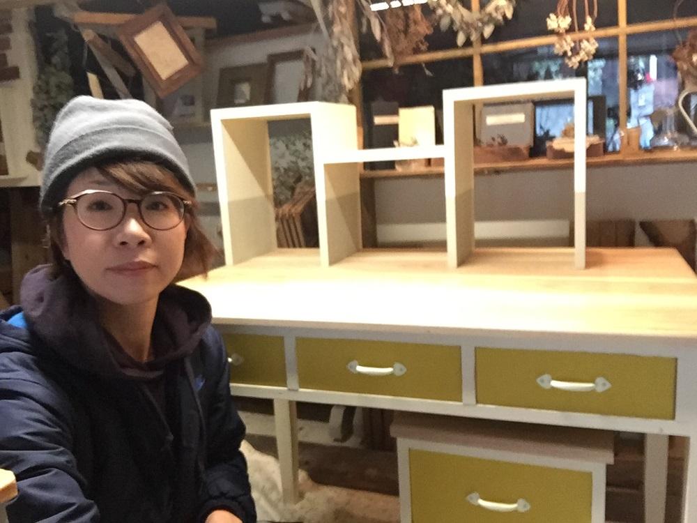 感動!学習机の納品日【大阪住之江無垢の木と可愛い北欧色の机】