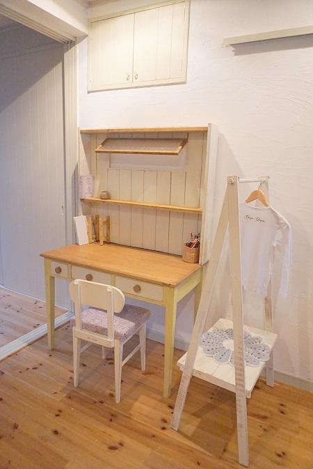 大阪住之江自宅アトリエ兼雑貨屋の一日オープン日にご要望があれば学習机の展示もします