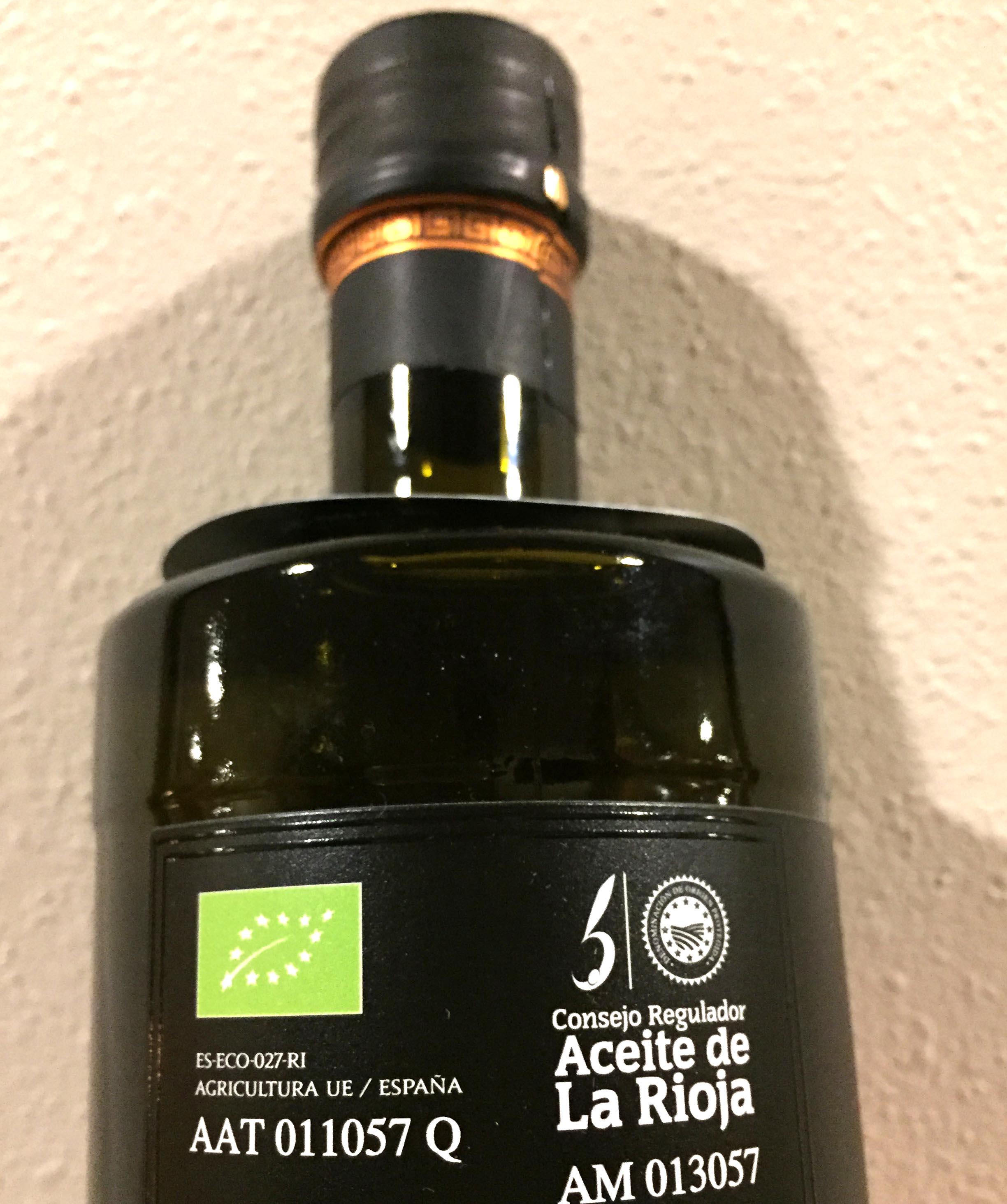 酸度0.1のオーガニックエクストラバージンオリーブオイル『イスール』にあるマーク