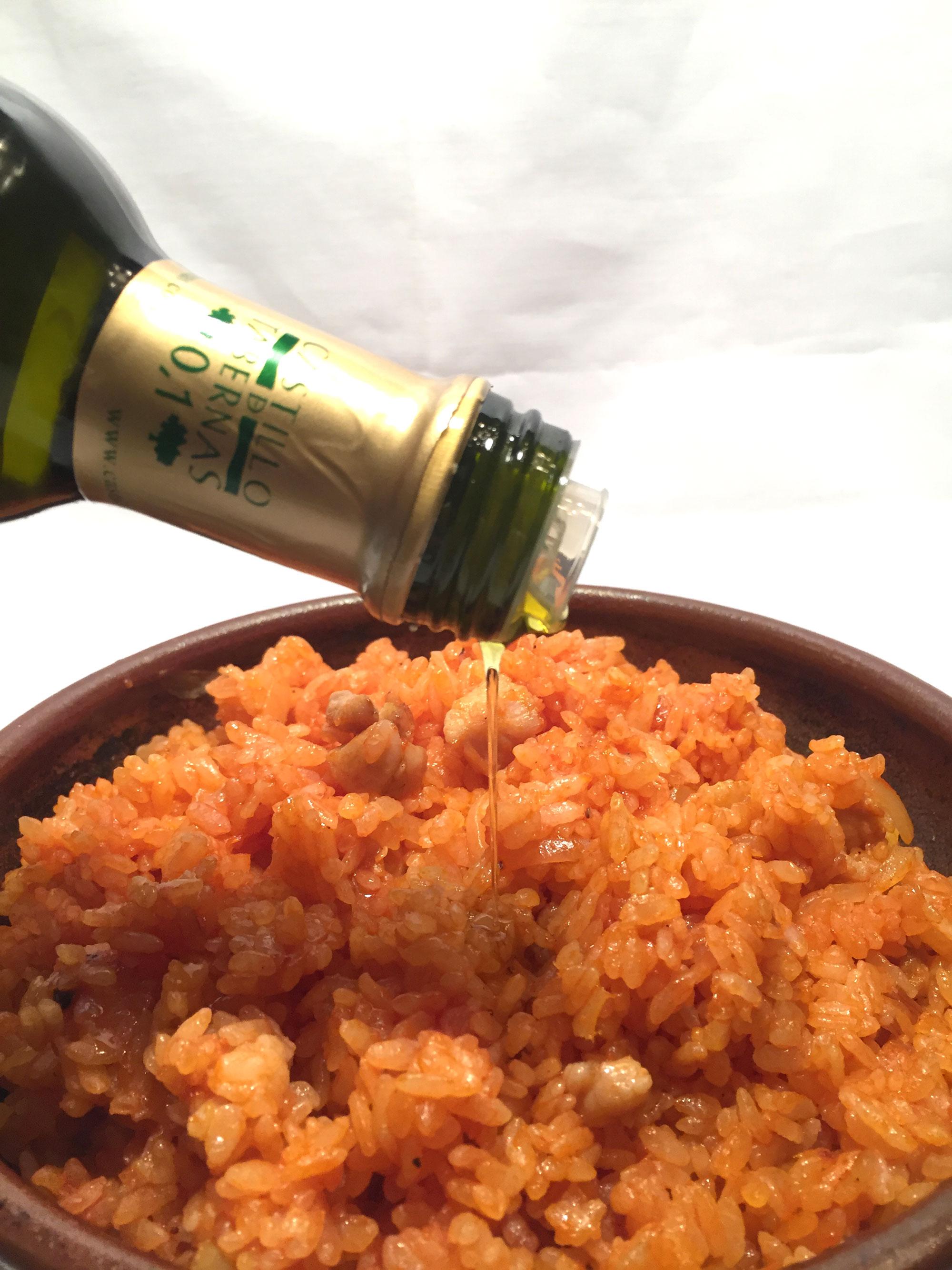酸度0.1オリーブオイル『カスティージョ・デ・タベルナス0.1』でおいしいチキンライス