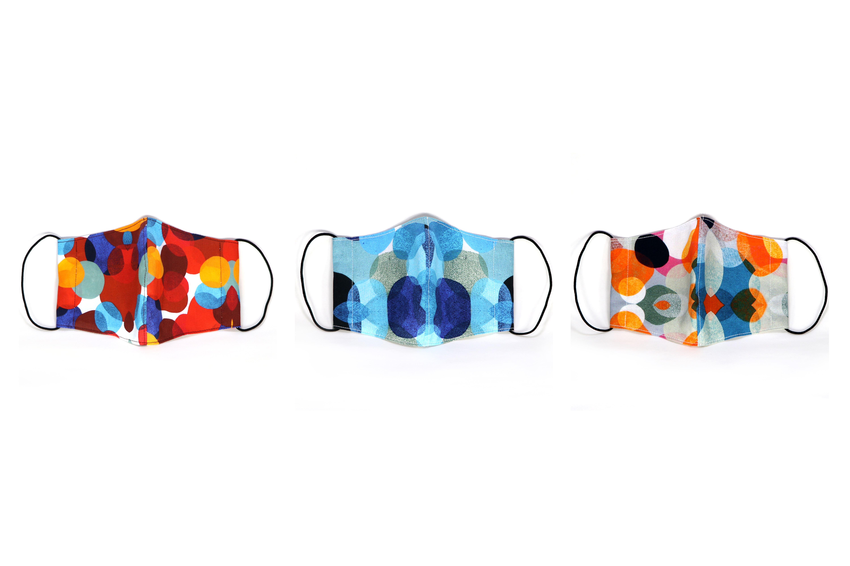 【ハンドメイドオリジナルマスク販売中】絵柄はtoneシリーズ。鮮やかな色彩の重なりをマスクでも