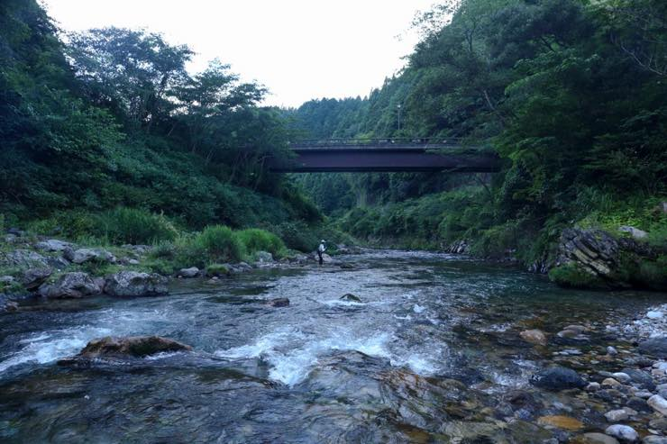 岐阜にあるヤマガタ? 自然豊かな山奥で生まれる手紡ぎのような糸「fuwaco(ふわこ)」
