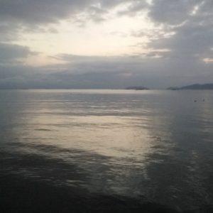 こんな時ですから⑪ 湖の日の出