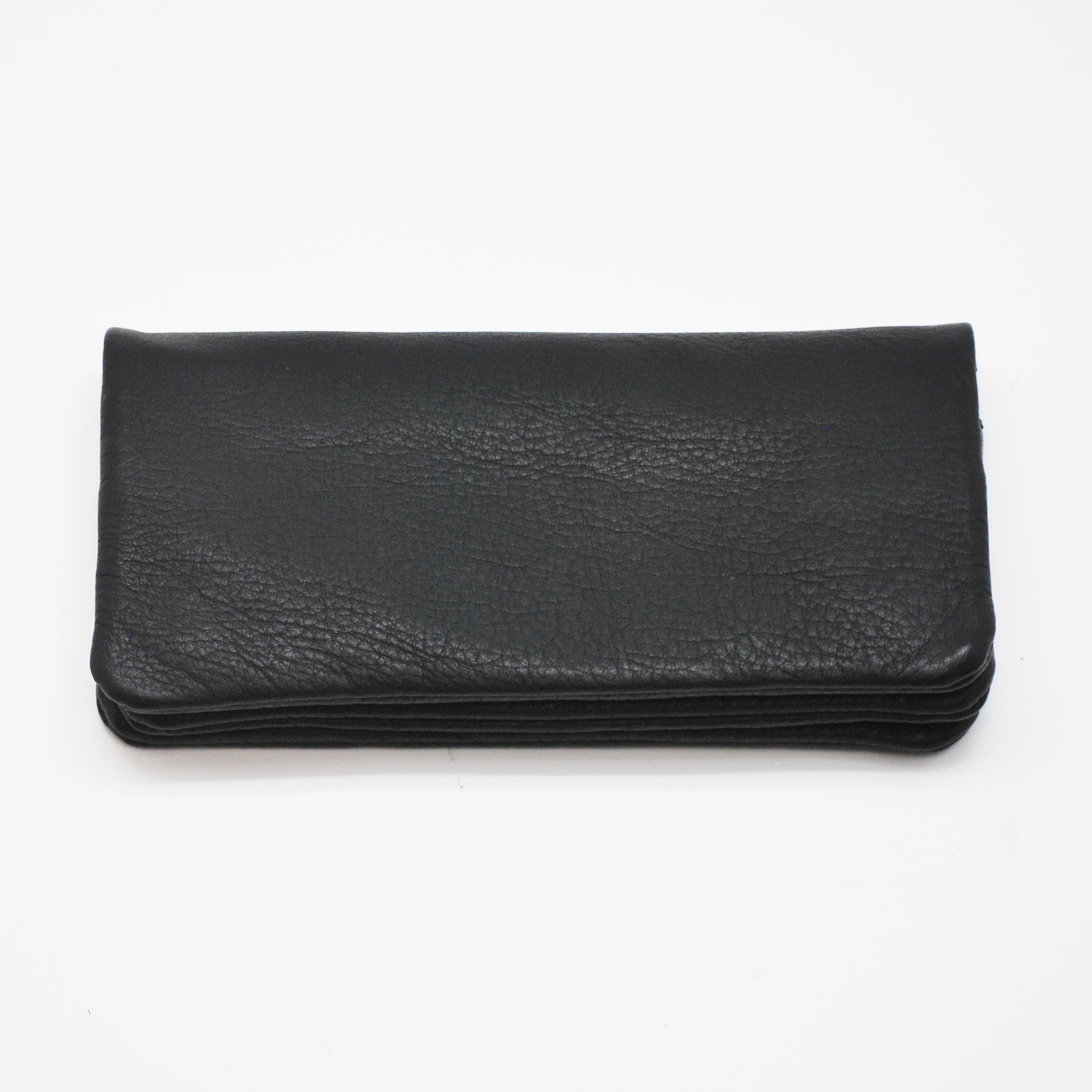 財布納品いたしました。