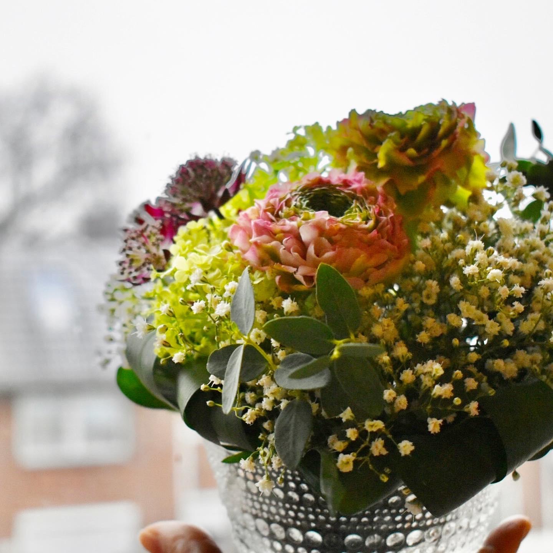 花のある暮らしとヴィンテージ食器