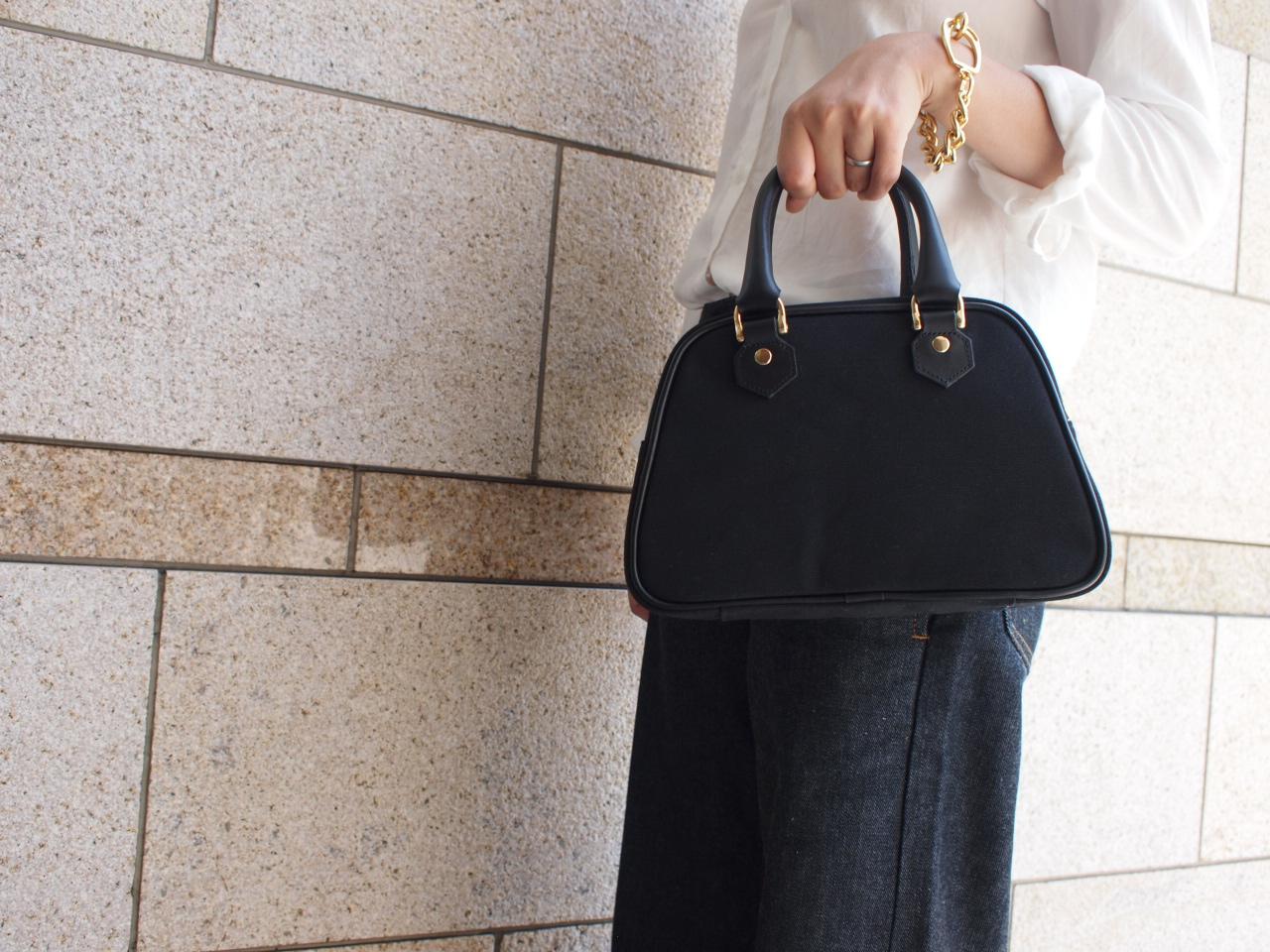 異素材MIX♡レザーと帆布のミニバッグでおしゃれ度アップ!?