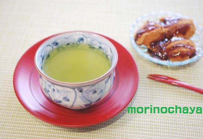 わらび餅とお茶
