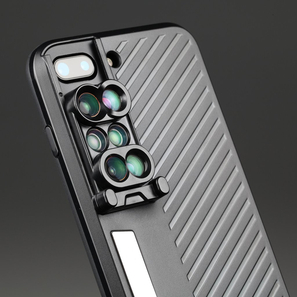 見た目のインパクトがすごい!【iPhone7 Plus対応】新しいレンズ一体型スマホケース