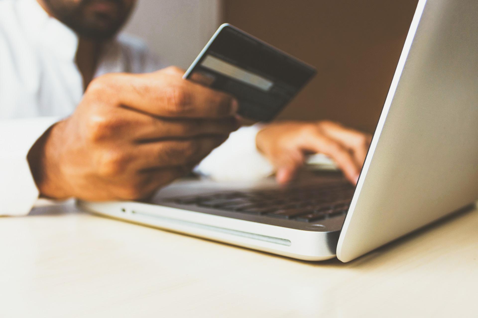 クレジットカード決済の導入でお困りの事業者様へ【BASEかんたん決済】