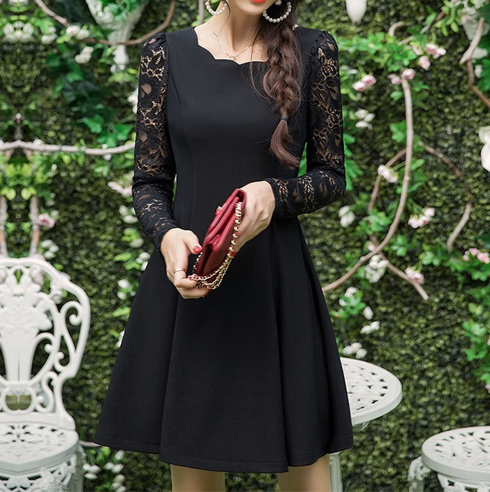 M~6Lサイズ☆大人かわいいブラックフォーマル。流行りのスカラップネックワンピースでドレスアップ!