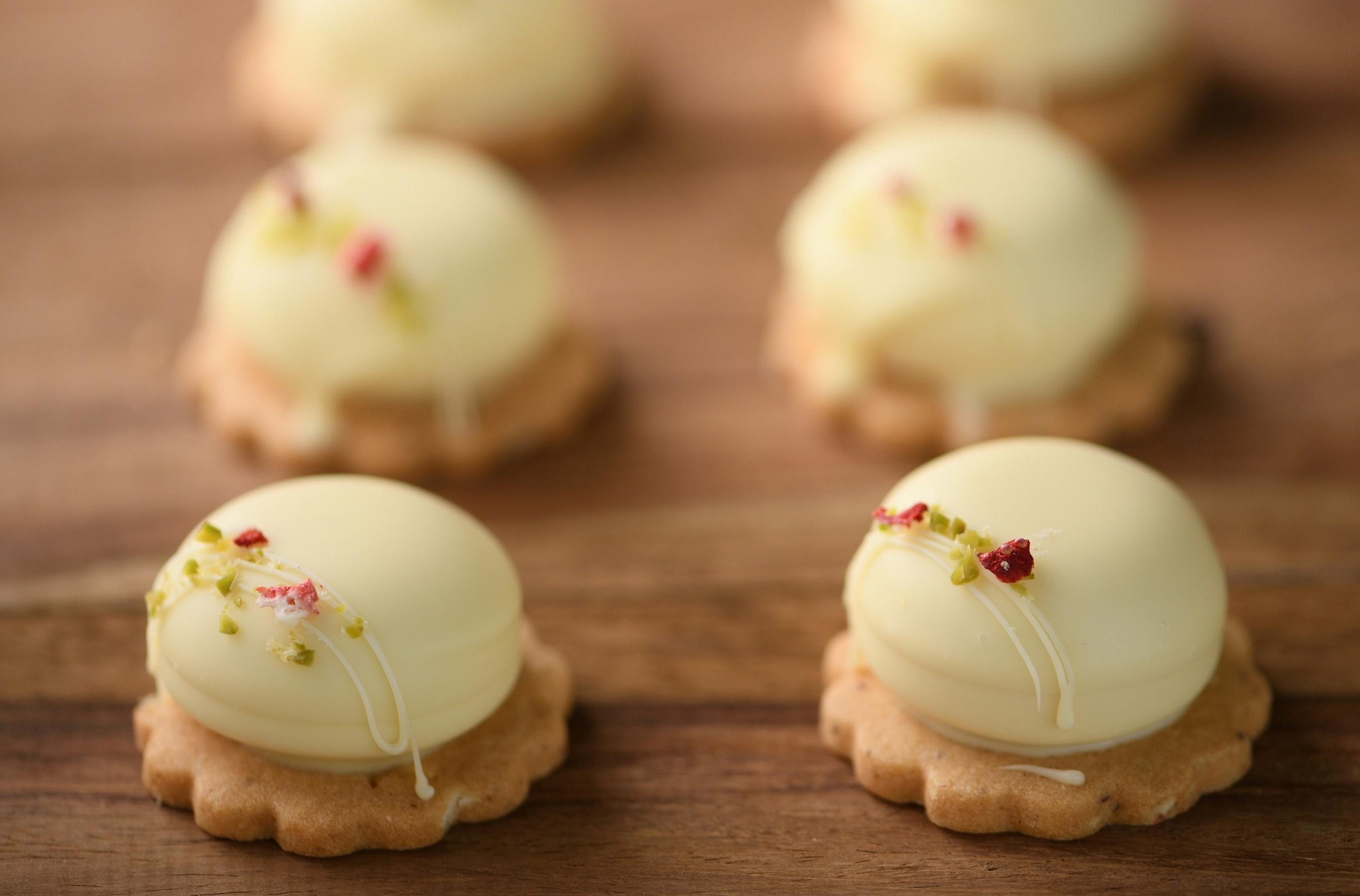 女性が大好き! 旬のいちごを使ったホワイトデーギフト♡ 「半生ホワイトチョコクッキー」