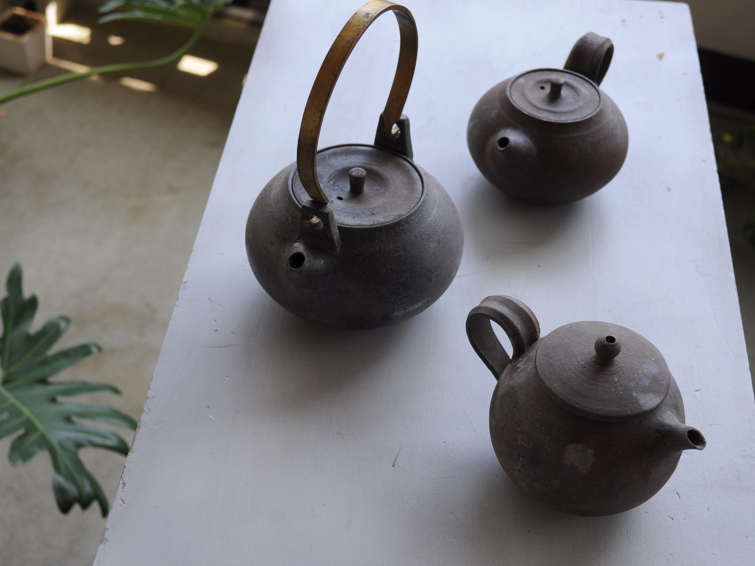 橋爪香代さんの急須と土瓶が発売となります