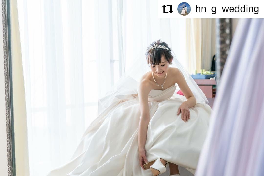 ❀卒花嫁様から頂いたお写真❀ティアラに抵抗がある方にでもお勧めなヘッドドレスにもなるティアラカチュー