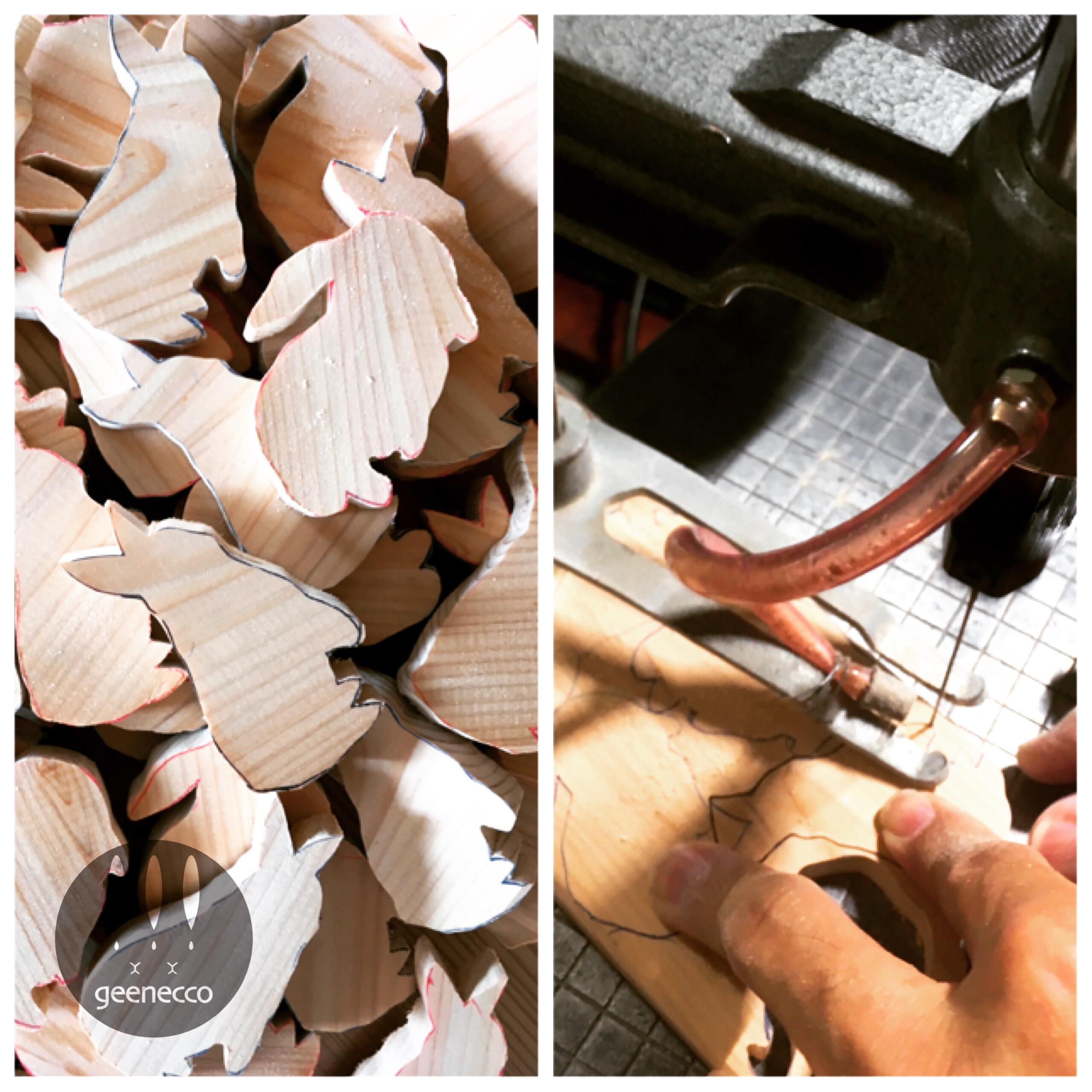 檜の木製うさチャーム制作中です。
