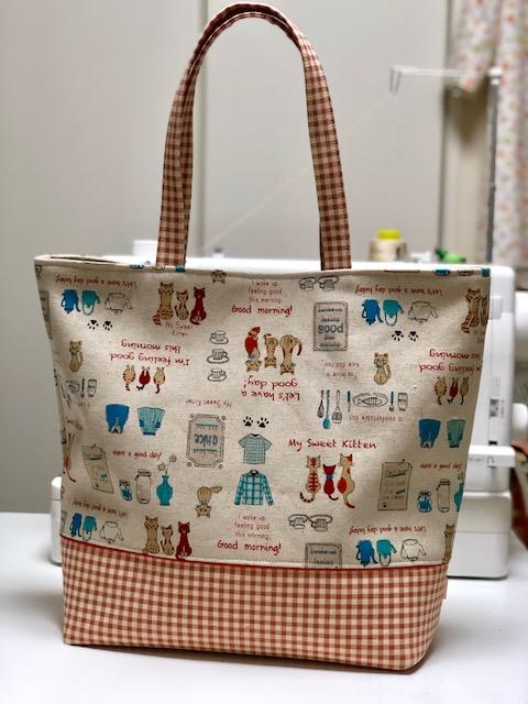 荷物たっぷり「ママバッグ」が、人気です!