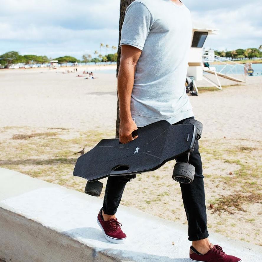【紹介!】リモコン不要|先進的インテリジェント電動スケートボード「StarkBoard」!!