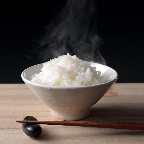 ミシュラン星獲得店からも愛される、特別栽培米 魚沼産コシヒカリ「雪椿」