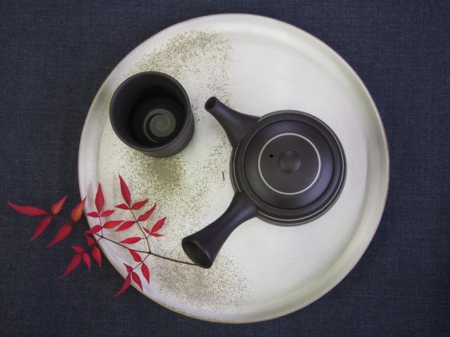 日本を楽しむお茶時間~常滑焼茶器の匠~