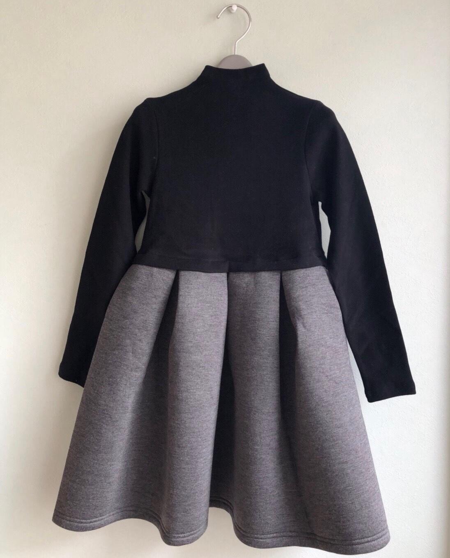 お呼ばれにも最適!後ろリボンとふんわりスカートが上品なワンピースです♡