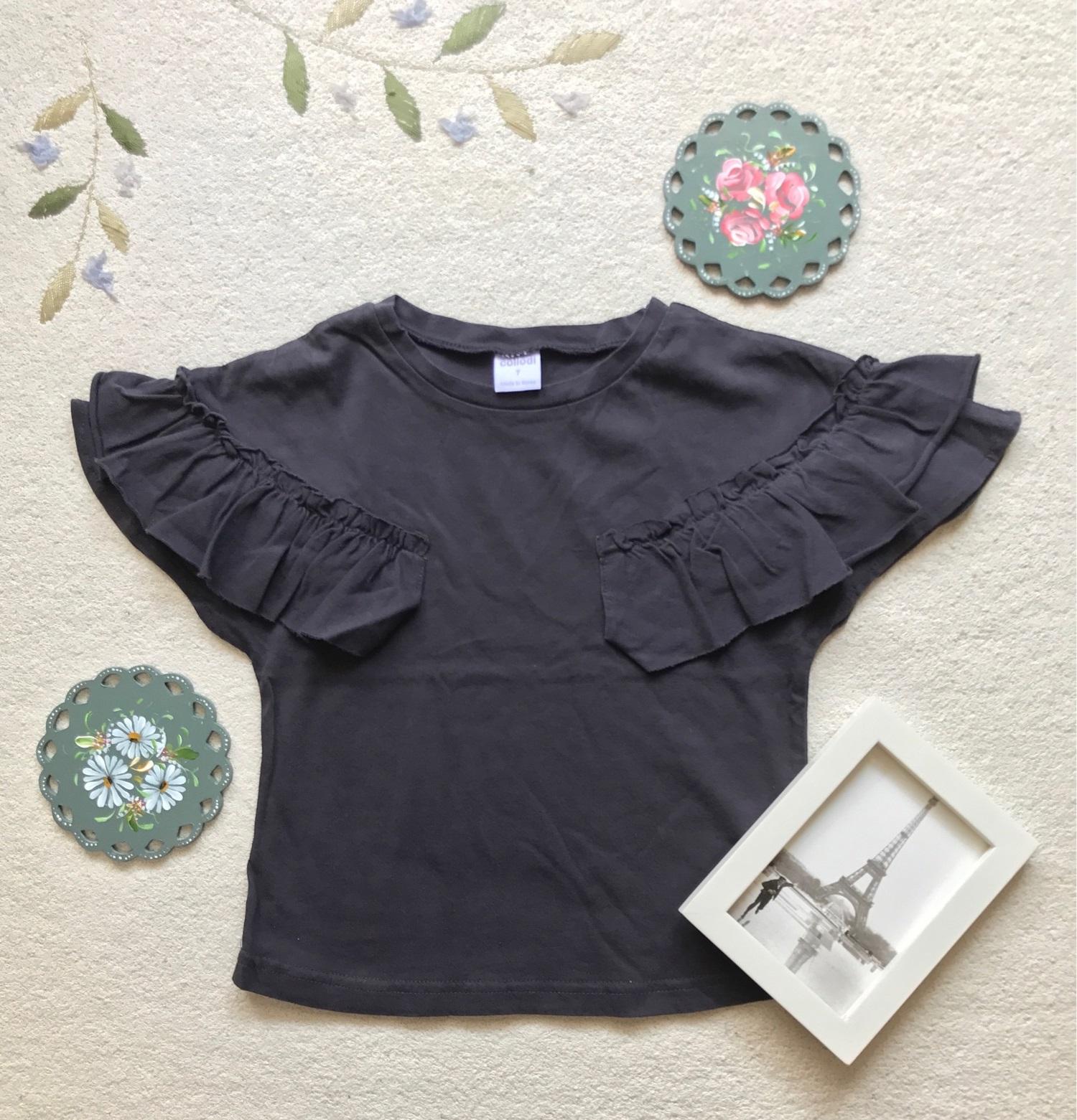 この夏大活躍♡可愛らしいフリル袖のTシャツのご紹介!
