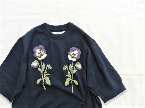 nesessaire  Pansy pullover