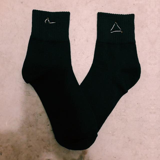 キラキラ☆ラメ刺繍が可愛い星座を宿した靴下が登場♡