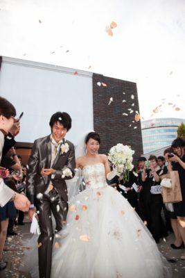 【結婚する?しない!?】花嫁する?しない!?どっちを選ぶにしても昨今のブライダルはこんな感じの動き!