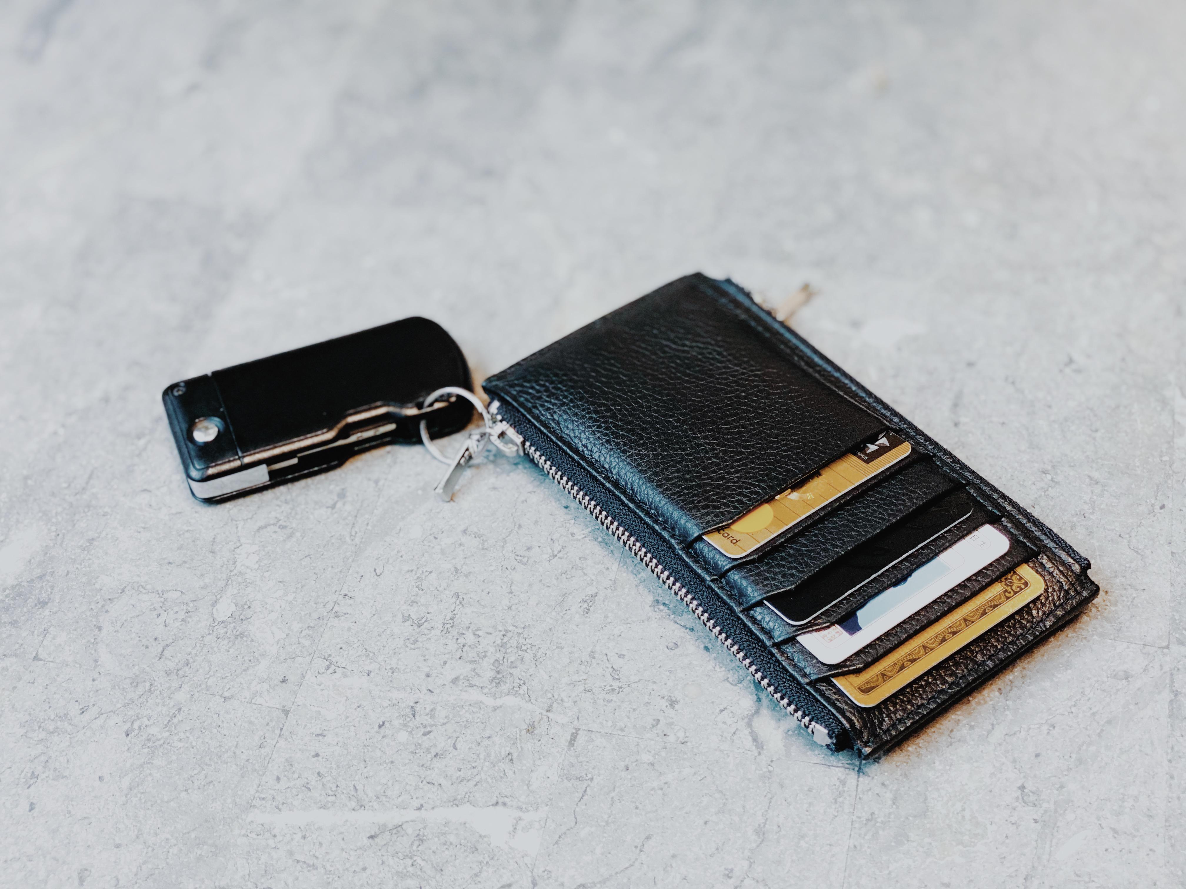 新製品のミニ財布を現在製作中!